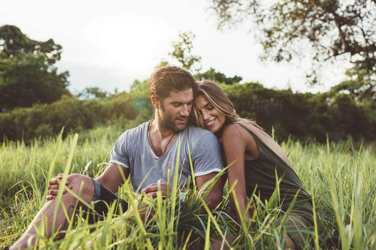 Limerence vs. Love: What Are The Differences & Which Are You Feeling?