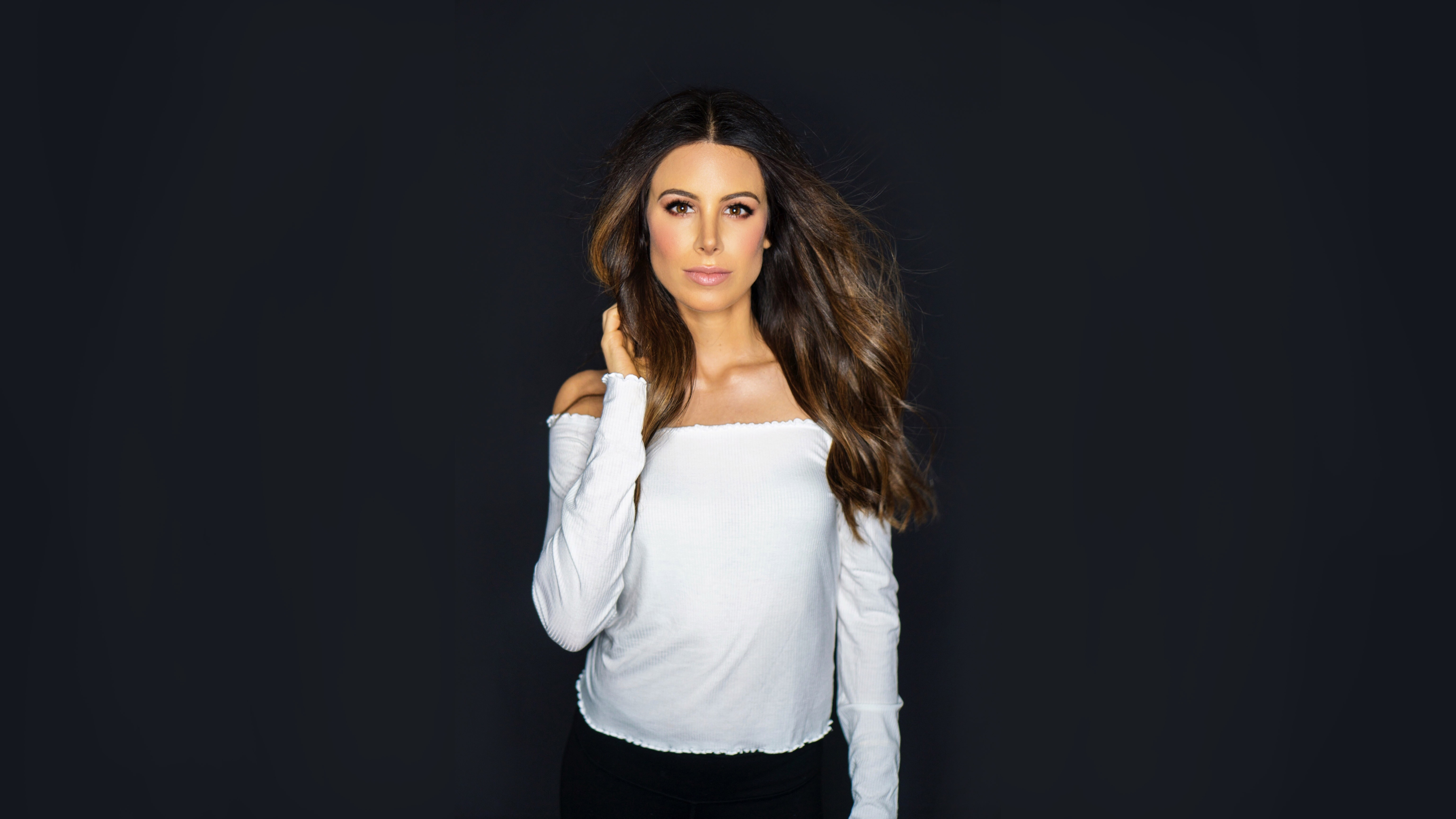 Natasha Adamo - Relationship & Dating Advice